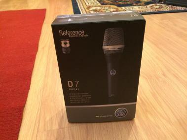 AKG microfones
